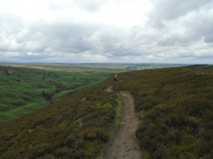 Sean descending the Mickleden Edge singletrack.