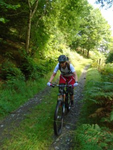 Jeanette on the Craig Garth-bwlch descent.