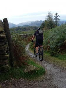Steve on the Ivy Crag descent.