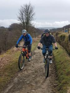 Col (flattyres) and Alistair at the top of the Colden Clough climb.