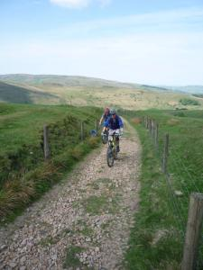 Chris and Nick on the first section of the climb to Edale Cross.