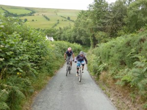 Pete and Mark climbing the lane from Bryn Awel, above the Ceiriog Valley.