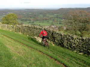 Mark on the rutted double track across Fron Hen.