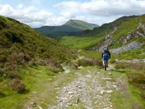 Chris Crimpiau descent towards Moel Siabod GR737593 8x6