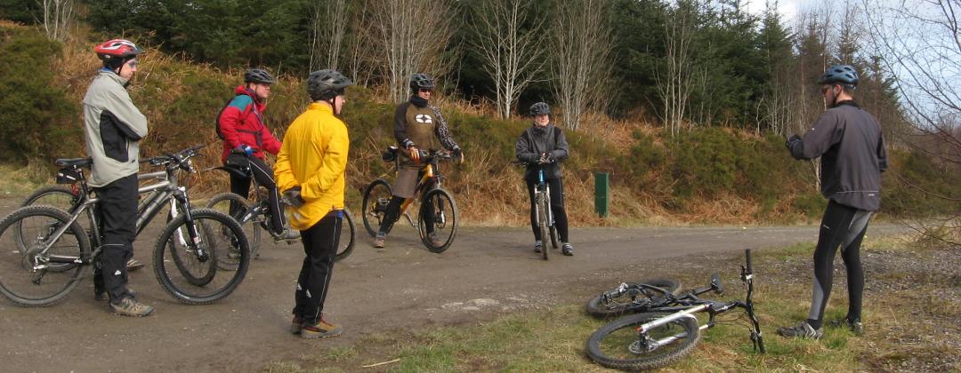 Flattyres-MTB mountain bike skills training courses in North Wales.