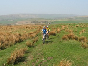 Sally and Ian climbing to Lantern Pike.