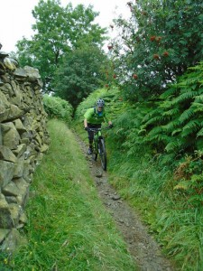 Brian on the singletrack descent to Wharfe.
